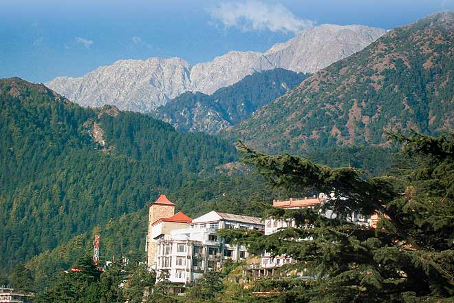 Weekend breaks from delhi dharamsala and mcleodganj outlook traveller a stunning view of the snow capped mountains in dharamsala thecheapjerseys Images