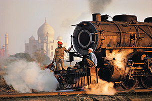'Steve McCurry: India' Photo Exhibition