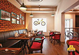 Biker's cafe in Chennai