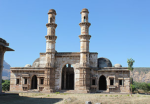 World Heritage Site: Champaner-Pavagadh Archaeological Park in Gujarat