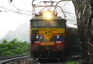 Deccan Queen: Keeping the Pune-Mumbai journey on track