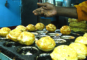 Culinary worship at Bangalore's roadside shrines