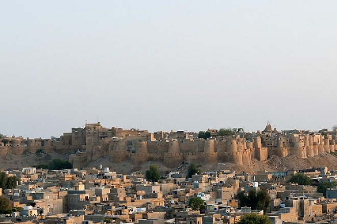 The Jaisalmer Fort overlooks the desert