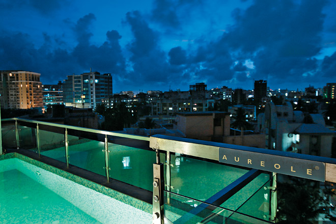 The rooftop plunge pool at the Aureole offers a niceish view of the Mumbai skyline