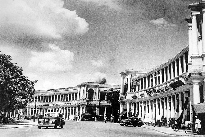 An old photograph of Connaught Place in the 1950s