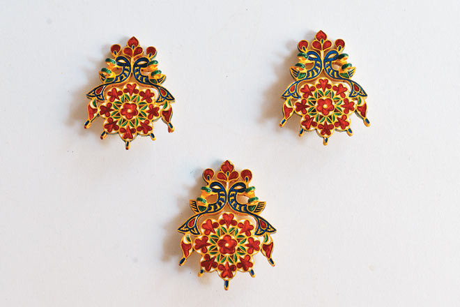 Earrings with meenakari work