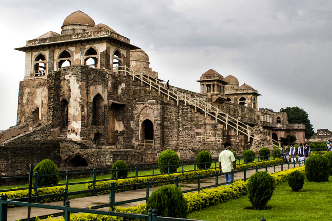 Jahaz Mahal in Mandu is a beautiful example of architectural creativity